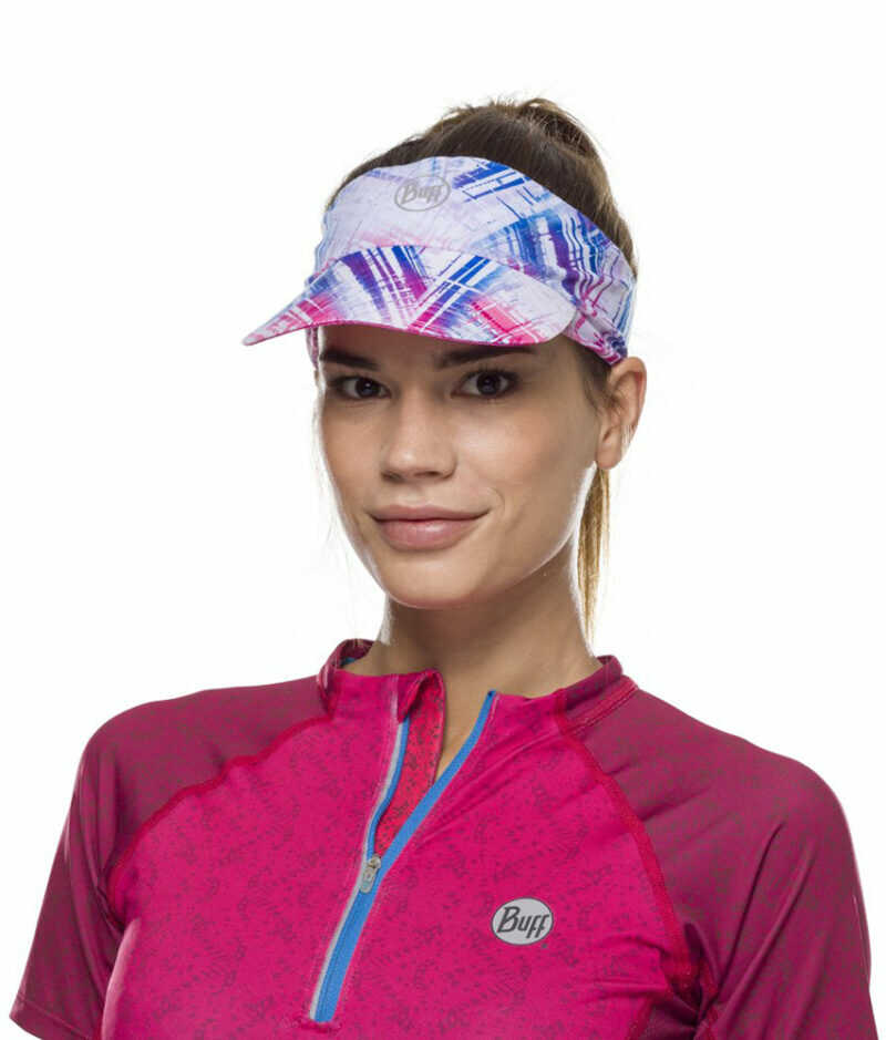 "Studio photo of a Woman wearing the BUFF® Pack Run Visor Design ""Reflective Wira"". Source: buff.eu"