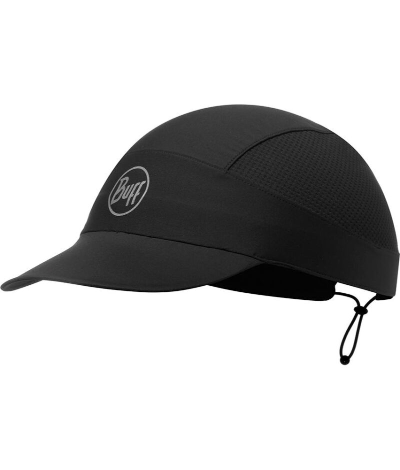 "Studio photo of the Buff® Pack Run Cap Design ""R-Black"". Source: buff.eu"